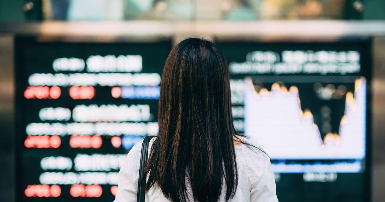 Enquête : les jeunes s'intéressent au trading en ligne