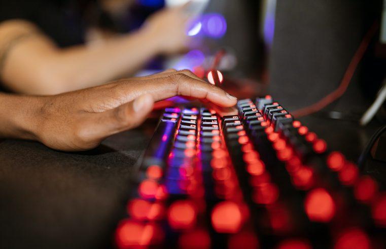 Twitch : fonctionnement d'une plateforme qui révolutionne les jeux d'argent